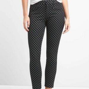 Gap skinny ankle black diamond pattern pants  sz 4